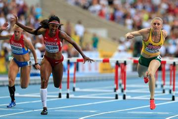 Sally Pearson and Brianna Rollins in the womens 100m Hurdles Final at the IAAF World Athletics Championships Moscow 2013 (Getty Images)