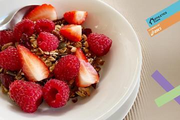 Crunchy granola (Mara Yamauchi)