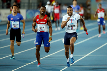 Emmanuel Biron anchors France in the 4x100m at the IAAF World Relays Bahamas 2015 (Getty Images)