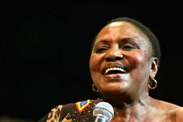South African singing legend Miriam Makeba (AFP / Getty Images)
