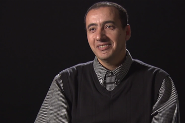 Noureddine Morceli on Legend of Athletics, signature edition (IAAF)