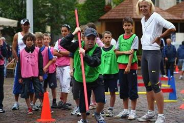 IAAF Ambassador Kajsa Bergqvist during Kids' Athletics (Getty Images)