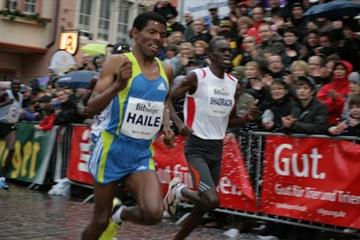 Haile Gebrselassie and Shadrack Lagat in Trier (Bitburger Silvesterlauf)