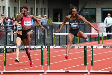 Janieve Russell and Dalilah Muhammad in the Eugene homestretch (Victah Sailer)