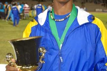 Barbados' Kierre Beckles at the 2008 CARIFTA with Austin Sealy award (Freelance)