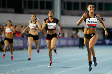 Morgan Mitchell wins the 400m in Melbourne (Getty Images)