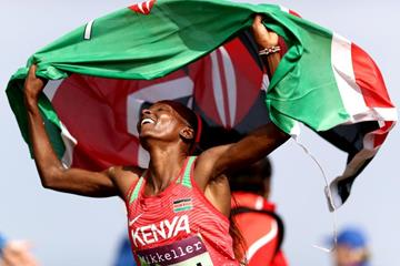 Hellen Obiri celebrates her victory at the IAAF/Mikkeller World Cross Country Championships (Getty Images)