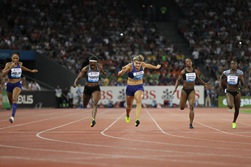 Elaine Thompson wins the 200m at the IAAF Diamond League meeting in Zurich (Jean-Pierre Durand)