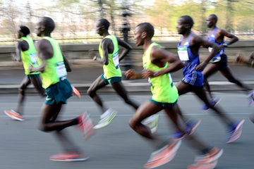 Marathon runners in action (AFP / Getty Images)