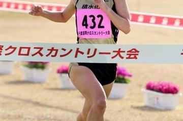 Yuko Shimizu winning the Chiba Cross Country (Kazutaka Eguchi/Agence SHOT)
