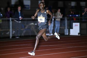 Nicolas Kimeli on his way to winning the 10,000m in Leiden (Erik van Leeuwen)