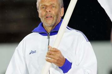 Lasse Viren during the Opening Ceremony of the 10th IAAF World Championships (Getty Images)