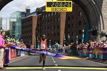 Geoffrey Kirui wins the marathon at the IAAF World Championships London 2017 (Getty Images)