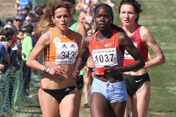 Correti Jepkoech en route to her first international win in Albufeira (Marcelino Almeida)