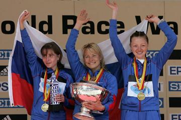 The Russian women's squad celebrate their 20Km win (Getty Images)