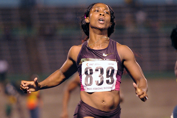 Shelly-Ann Fraser-Pryce wins in Kingston (AFP / Getty Images)