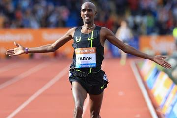 Mo Farah sets a European two miles best at the 2014 IAAF Diamond League meeting in Birmingham (Jena-Pierre Durand)