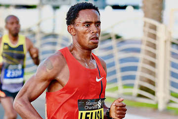 Feyisa Lilesa in action at the Dubai Marathon (Organisers)