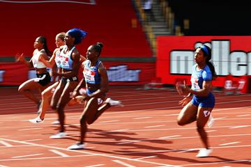 Shaunae Miller-Uibo towers over the field at the IAAF Diamond League meeting in Birmingham (Getty Image)
