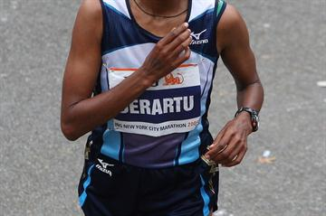 Derartu Tulu after her marathon victory in New York (Getty Images)