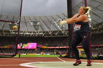 France's Alexandra Tavernier competes in the hammer at the 2017 World Championships in London (AFP / Getty Images)