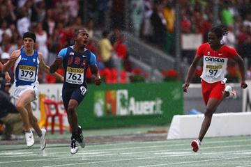 Prezel Hardy of USA wins the Boys' 100m final (Getty Images)