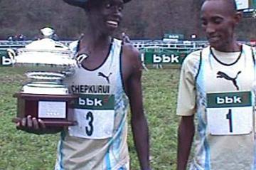 Chepkurui celebrates Amorebieta win (J. Rubianes)