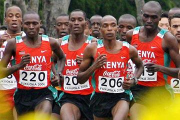 Isaac Songok (220) and Augustine Choge (206) lead the Kenyan short race squad in Fukuoka (AFP / Getty Images)