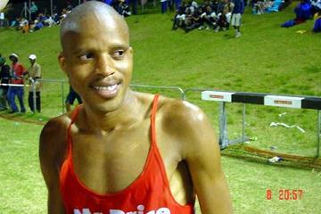 Hendrick Ramaala - 27:43.07 - in Port Elizabeth ABSA 2003 (Mark Ouma)