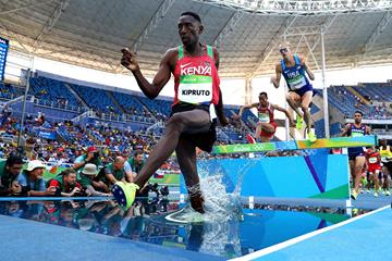 Conseslus Kipruto during the men's 3000m steeplechase final at the 2016 Rio Olympic Games (Getty)