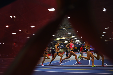 Action from the women's 3000m at the IAAF World Indoor Tour meeting in Boston (Getty Images)