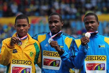 Boys Triple jump final medalists from left, Silver Medalist Albert JANKI of South Africa, Gold Medalist Latario COLLIE-MINNS (BAH) and Bronze Medalist Lathone COLLIE-MINNS (BAH) - Day Five - WYC Lille 2011 (Getty Images)