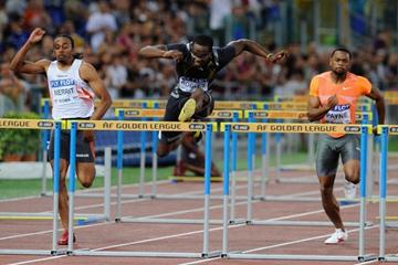 Dayron Robles wins the 110m Hurdles in 13.17 in the 2009 Rome Golden League meeting (Getty Images)