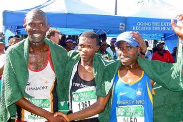 2002 Soweto Marathon men's podium - (from left) Maringe, Lebopo and winner, Mutandiro (Mark Ouma)