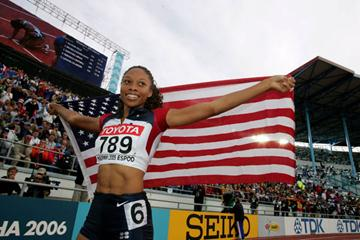 Allyson Felix of the US celebrates winning the 200m final (Getty Images)
