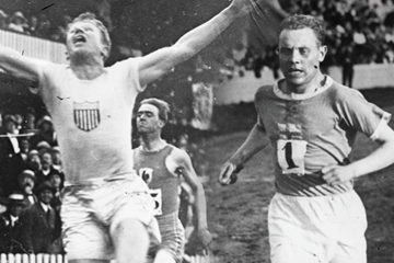 Charley Paddock and Paavo Nurmi (Gallica Digital Library/Getty Images)