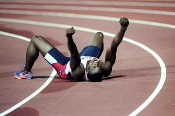 Seun Ogunkoya after winning at the 1998 Weltklasse meeting in Zurich (Getty Images)