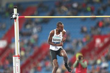 Mutaz Barshim after his 2.38m clearance in Ostrava (Pavel Lebeda/organisers)
