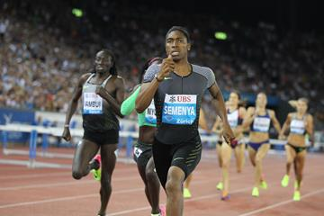 Caster Semenya wins the 800m at the IAAF Diamond League meeting in Zurich (Jean-Pierre Durand)