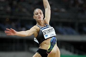 Ivana Spanovic winning in the 2016 Diamond League meeting in Paris (Jiro Mochizuki)