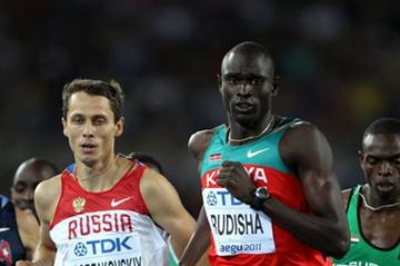 David Lekuta Rudisha (C) of Kenya leads ahead of (L-R) Nick Symmonds of United States, Yuriy Borzakovskiy of Russia, Abubaker Kaki of Sudan and Marcin Lewandowski of Poland in the men's 800 metres final (Getty Images)