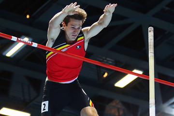 Thomas Van Der Plaetsen in the heptathlon pole vault (Getty Images)