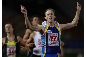 Lachlan Renshaw wins the 2008 Australian 800m title (Getty Images)