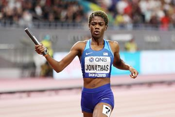 Wadeline Jonathas anchors the US women to the 4x400m relay title at the IAAF World Championships Doha 2019 (Getty Images)