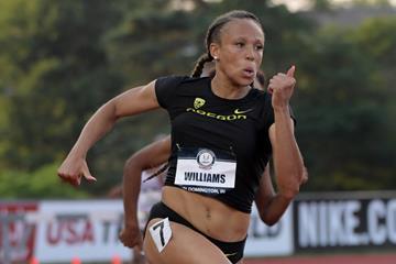 Lauren Rain Williams en route to the US U20 200m title (Kirby Lee)