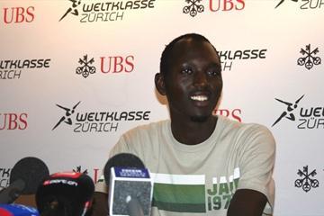 Yusuf Saad Kamel meeting with the press in Zurich (Bob Ramsak)