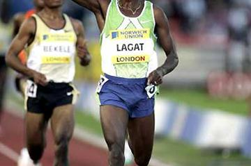 Bernard Lagat triumphs over Kenenisa Bekele in London (Getty Images)