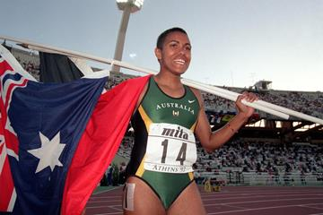 Cathy Freeman after winning the 400m at the 1997 IAAF World Championships (Getty Images)