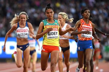 Letesenbet Gidey and Sifan Hassan at the IAAF World Championships (AFP / Getty Images)