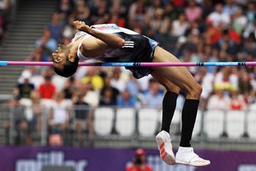 High jump winner Majd Eddin Ghazal at the IAAF Diamond League meeting in London (Jean-Pierre Durand)